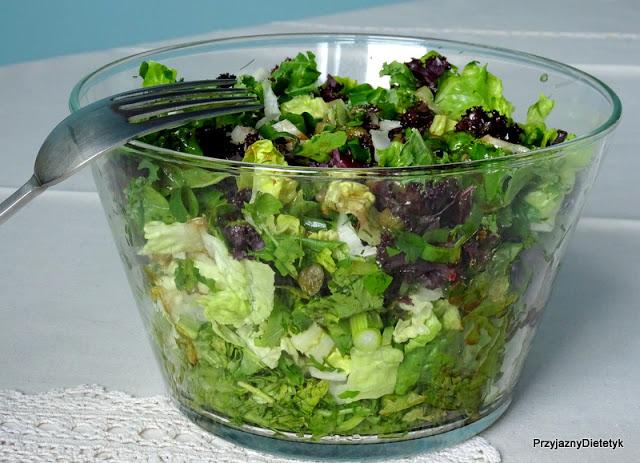 Jesienna sałatka z zieleniny